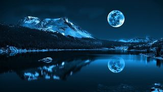 Moon-cold-lake-reflections_0